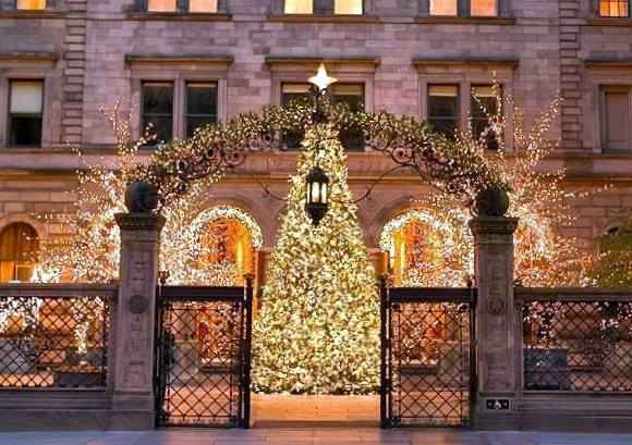 Lotte New York Palace Christmas Holiday Decorations