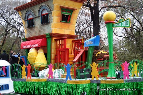 Thanksgiving Day Parade Sesame Street
