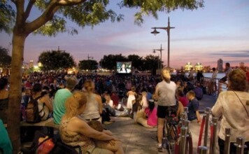 Riverflicks FREE Movies in Hudson River Park