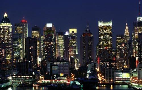 New york city nightlife night tours cruises rooftops for Places to see in nyc at night