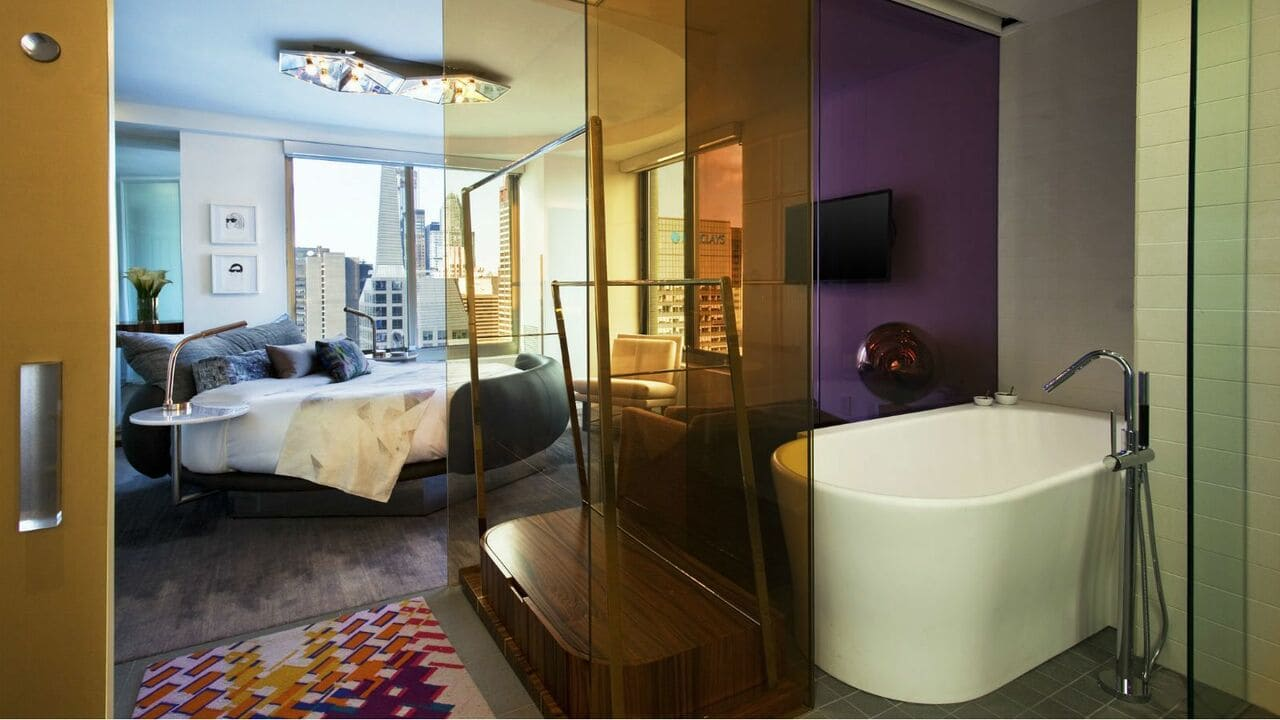 W New York Times Square Jacuzzi WOW Suite